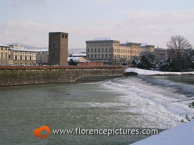 Arno River and Zecca Tower
